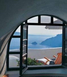 Perivolas luxury hotel in Santorini 17