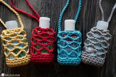 Crochet Hand Sanitizer Cozy Free Pattern - - Whether you're attaching this hand sanitizer holder to a backpack, or headed to Spring Break in territories unknown, these holders whip up in NO time! Crochet Pouch, Crochet Gifts, Crochet Hooks, Knit Crochet, Scrap Yarn Crochet, Quick Crochet Patterns, All Free Crochet, Potholder Patterns, Free Knitting