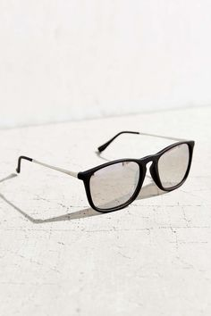 bd51418c38dd16 lunettes (et de soleil) · Boyfriend Slim Square Sunglasses Urban Outfitters  Sunglasses, Round Sunglasses, Resort Wear, Boyfriend,