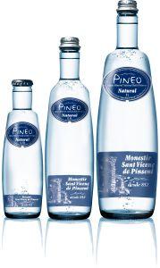 Pineo Natural mineral water
