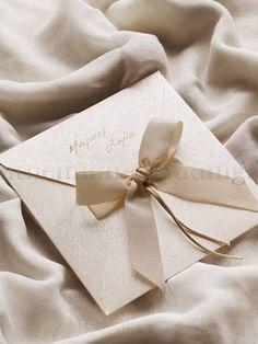Invitation Envelopes, Wedding Invitation Cards, Wedding Cards, Wedding Day, Nordic Wedding, Happily Ever After, Wedding Details, Diy And Crafts, Champagne