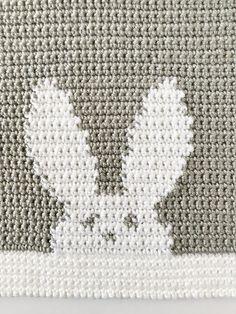 crochet bunny blanket -  Daisy Farm Crafts Free Pattern