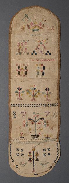 1966.1362 Huswif Place of Origin: Pennsylvania, Mid-Atlantic, United States, North America Materials: Linen; Wool; Silk