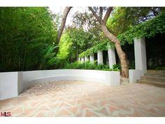 Louis Samuel-Ramon Novarro House / Location: 2255 Verde Oak Drive, Los Angeles, California / Built: 1928 / Style: Mayanesque / Designer: Louis Wright (Frank Lloyd Wright, Jr.)