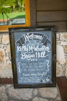 Welcome to the wedding sign in chalkboard! Image: The Bird & The Bear.