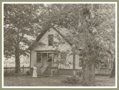 The Atwood Sproul home was one of Norwalk's first houses and located on what is now San Antonio Drive. Norwalk California, California History, Plantation Homes, Los Angeles Area, Los Angeles County, Vintage Pictures, Old Photos, American History, Black And White