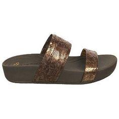 7845eeb0ac0c5 1826 Best Women s Slide Sandals images
