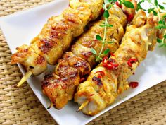 Very easy and delicious grilled chicken kebab. Ready in 20 minutes. Grilled Chicken Skewers, Marinated Chicken, Chicken Kebab, Thai Chicken, Garlic Chicken, Chipotle Chicken, Apricot Chicken, Grilled Food, Honey Chicken
