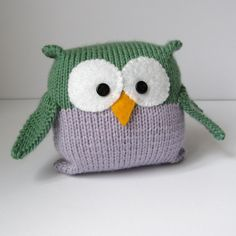 Tooley Owl toy knitting pattern, easy to knit for beginners, pdf pattern with free fast shipping