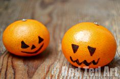 Quickest. Easiest. Healthiest. Halloween Snack you could possibly do.. even for the less crafty among us. Take one Satsuma/ Mandarin/ Clementine. One black marker pen... and done.. Click through for more Seasonal fun!