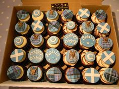 Scottish Cupcakes, love these for a BRIGADOON - themed party! See BRIGADOON at Sacramento Music Circus August 5 - 10, 2014. For tickets and info: http://www.californiamusicaltheatre.com/events/brigadoon/