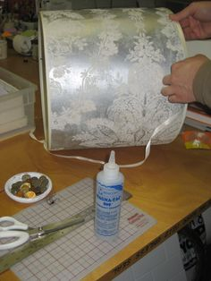 Wallpaper a lampshade