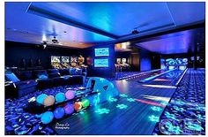 Tuscan Style Mansion in Washington is An Entertainer's Paradise Pinball arcade & bowling alley are just the beginning in this man-cave.Pinball arcade & bowling alley are just the beginning in this man-cave. Home Bowling Alley, Arcade Room, Dream Mansion, Mansion Rooms, At Home Movie Theater, Home Movies, Tuscan Style, Entertainment Room, Dream Rooms