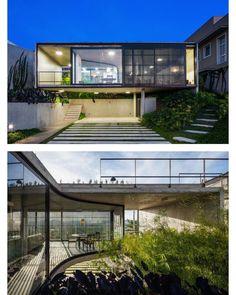 "1,085 Me gusta, 7 comentarios - Compact Living (@compactliving) en Instagram: ""LEnS House, São José dos Campos, #Brazil by Obra Arquitetos    Nelson Kon   More images…"""