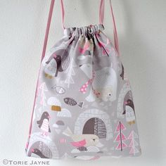 FREE SIY Drawstring BackPack tutorial & pattern from TorieJayne.com