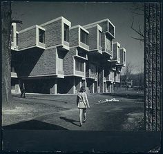 volume-control:  Orange County Government Center, Goshen, New York - 1971Paul Rudolph  inspired by a posting by fuckyeahbrutalism