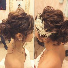 いいね!331件、コメント4件 ― Hitomi Homma Wedding Hair Makeさん(@hitomimakeup)のInstagramアカウント: 「大きめのウェーブでゆったり仕上げたウェーブシニヨン ルーズな動きであっても毛流やツヤ感がきちんと出る様に丁寧に…」