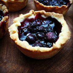blueberry tartlets for thanksgiving!