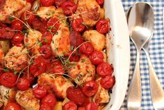 Chicken & Chorizo with chili, tomatoes and root-wegetables Chicken Chorizo, Chicken Chili, Healthy Dishes, Soul Food, Chicken Recipes, Spicy, Curry, Cooking Recipes, Vegetarian