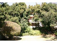 2 bedroom townhouse in Lynnwood Glen, , Lynnwood Glen, Property in Lynnwood Glen - S739843 Townhouse, Hunting, Bedroom, Plants, Terraced House, Bedrooms, Plant, Fighter Jets, Dorm Room