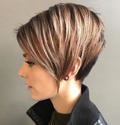 60 Photos To Give You Inspiration For Your Next Short Haircut Asymmetrical Pixie Haircut, Short Pixie Haircuts, Short Hairstyles For Women, Hairstyles Haircuts, Layered Hairstyles, Edgy Pixie, Bob Haircuts, Medium Hairstyles, Braided Hairstyles