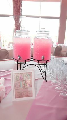 New Pic princess Baby Shower Decorations Ideas Congratulate parents-to-be by simply positioning with a unique baby shower. How can you make a baby shower uni. Deco Baby Shower, Baby Shower Drinks, Baby Girl Shower Themes, Baby Shower Brunch, Girl Baby Shower Decorations, Baby Shower Princess, Girl Decor, Baby Shower Centerpieces, Baby Shower Parties