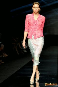 kebaya modern simple elegant