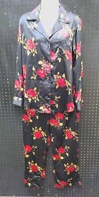 Chaps Ralph Lauren 2 Pc Pajama Set Black w Red Roses Silky Size Medium B242