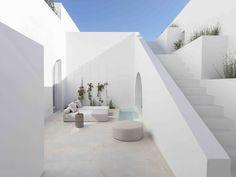 Greece Architecture, Architecture Design, Santorini House, Santorini Greece, Santorini Island, Mykonos, Mini Piscina, Casa Loft, White Building