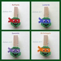 """Mini mollette """"Tartarughe Nijùnja"""" realizzate con perline Miyuki delica, by Sisters Art, in vendita su http://www.misshobby.com/it/negozi/sisters-art"""