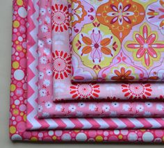 Pink Fabric Bundle/Riley Blake/Fat Quarter Bundle/Sewing Material/Chevron and Flower and Dots/Pink and White/5 Fabrics