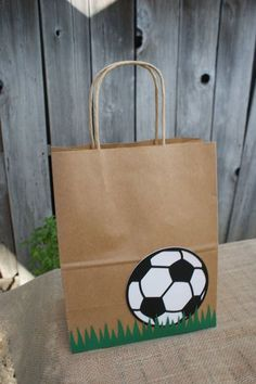 Items similar to Set of 8 Sports Party Favor Bags, Basketball Favor Bags, Baseball Favor Bags, Soccer Favor Bags, Football Favor Bags on Etsy - Obst