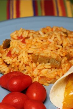 Spanish rice is the perfect accompaniment to Mexican foods, chicken, or just about anything. This simple recipe uses chicken broth and chunky salsa to transform plain white rice into a marvelous side dish. Mexican Rice Recipes, Rice Recipes For Dinner, Mexican Dishes, Side Dish Recipes, Mexican Cooking, Greek Recipes, Rice Side Dishes, Food Dishes, Food Food