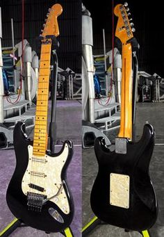 """""""Dave Murrayуs main American Standard Strat, which he uses both onstage and in the studio, features a maple neck, a Floyd Rose tremolo, and Seymour Duncan Hot Rails pickups. Stratocaster Guitar, Fender Guitars, Electric Guitar Lessons, Electric Guitars, Seymour Duncan Hot Rails, Dave Murray, Fender American Standard, Guitar Pics, Floyd Rose"""