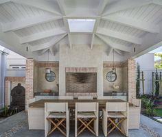 Voelkilp - beach style - patio - other metro - by Wynand Wilsenach Architects Diy Outdoor Kitchen, Home Decor Kitchen, Kitchen Ideas, Built In Braai, Townhouse Garden, Unique House Design, Farmhouse Fireplace, Outdoor Areas, Patio Design