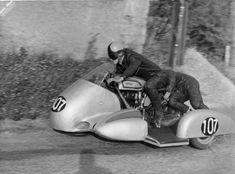 Duhem et Burtin Norton Manx (Bourg en Bresse Cool Motorcycles, Vintage Motorcycles, Bugatti, Peugeot, Norton Manx, Honda, Bmw, Sidecar, Vehicles