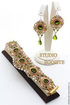 Купить №73 OLIVA Браслет и серьги с кристаллами - оливковый, зеленый, Кристаллы swarovski, серьги с кристаллами