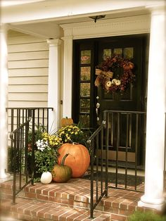 These cute fall porch ideas are guaranteed to look stunning! From memorable doormats to beautiful staircase decor ideas there's something for everyone! Terrace Decor, Front Door Decor, Front Doors, Porch Doors, Entrance Doors, Front Entry, Doorway, Porch Decorating, Decorating Ideas