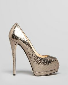 GIUSEPPE ZANOTTI gold peep-toe pumps, buy now for a discount price at www.miss-sellfie.com