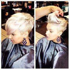 Noch keiner Entscheidung treffen können Fast 15 supercoole Frisuren für kurze Haare! | http://www.neuefrisur.com/kurzhaarfrisuren/noch-keiner-entscheidung-treffen-konnen-fast-15-supercoole-frisuren-fur-kurze-haare/1508/