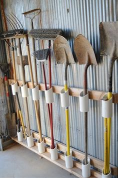 Shed Plans - You have a messy garage? So some clever storage ideas for storing your garden tools without spending a fortune. Make your own DIY Garden Tool Rack! - Now You Can Build ANY Shed In A Weekend Even If You've Zero Woodworking Experience! Garden Tool Storage, Shed Storage, Garage Storage, Diy Storage, Storage Racks, Garage Shelving, Shelving Ideas, Outdoor Storage, Wall Storage