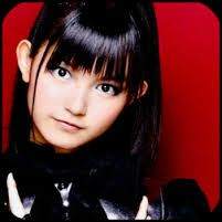 suzuka black personals Suzuka nakamoto (中元 すず香, nakamoto suzuka, born december 20, 1997), known by her stage names suzuka and su-metal (both stylized in all caps), is a japanese musician, singer and model.