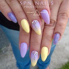 @spnnails 609 Pastel Violet, 534 Little Sun #spnteam #paznokciehybrydowe #paznokciezelowe #nailswag #nailsofinstagram #uvgel #nails #paznokcie #spnnails #ombrenails #swarovski #swarovskicrystals #crystals