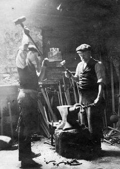 Historical blacksmiths.