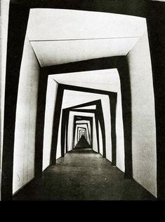Das Cabinett des Dr. Calligari (1920) scenography