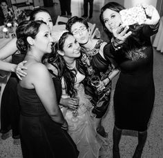 Wedding Photojournalism Sorority sisters