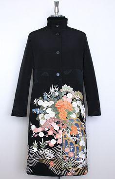 クリックで元の大きさに戻ります Kimono Fabric, Kimono Dress, Yukata, Japanese Kimono, Outerwear Women, Couture Dresses, Uniqlo, Asian Fashion, Spring Fashion