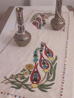 Osmanlı desenli masa ortum
