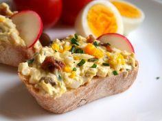VAJÍČKOVO-TVAROHOVÁ FITNES POMAZÁNKA Tofu, Baked Potato, Mashed Potatoes, Sandwiches, Snacks, Vegan, Baking, Healthy, Ethnic Recipes