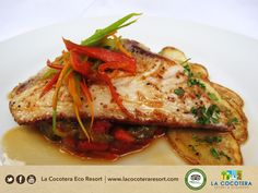 For all seafood lovers - A must dish! #LaCocoteraEcoResort #Foodie #Seafood #ElSalvador #Bookus
